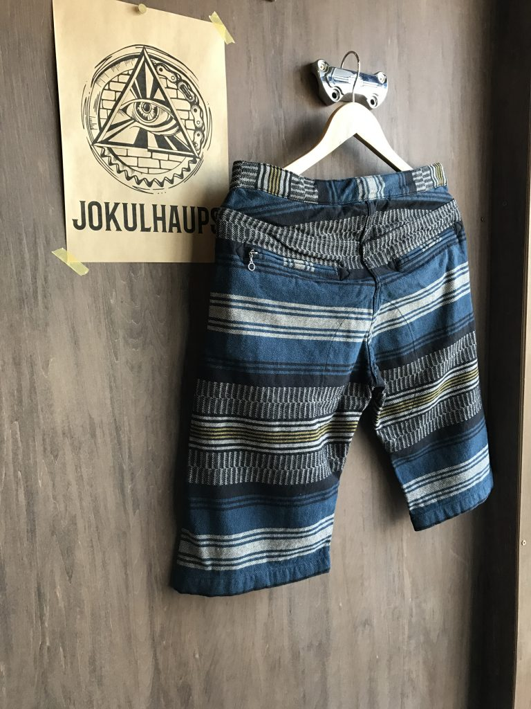 17SS INDIAN RUG SHORTS